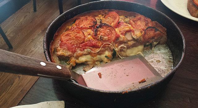 13.1429824187.deep-dish-pizza-at-lou-maltani-s