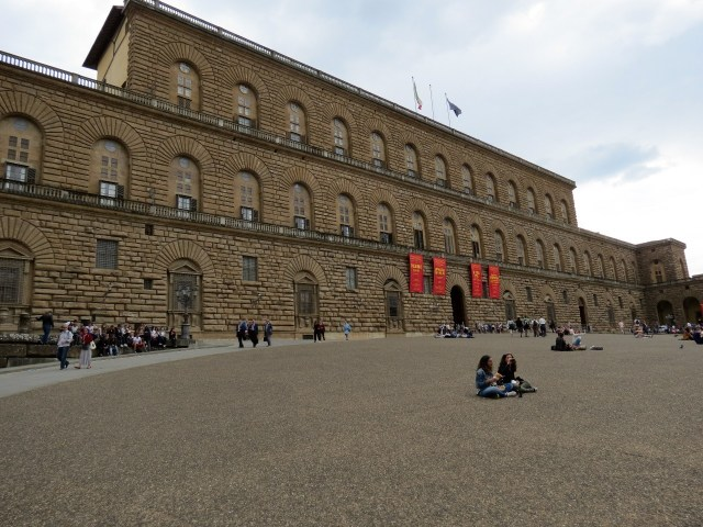 15.1443191632.pitti-palace