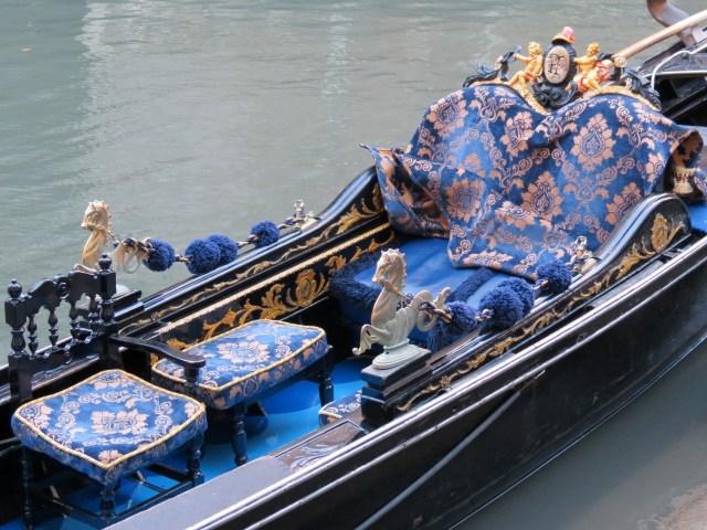 15.1443450929.these-gondolas-are-super-ornate