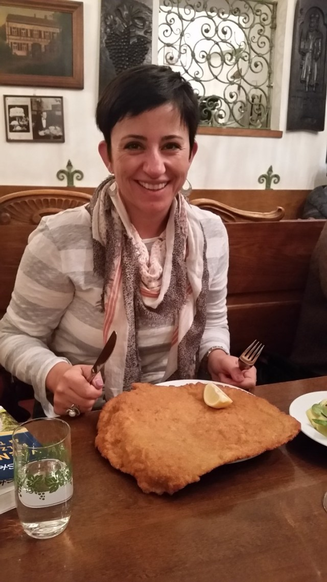 15.1443537334.the-biggest-schnitzel-in-vienna