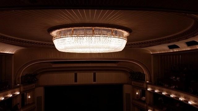 15.1443883034.the-marvelous-chandelier