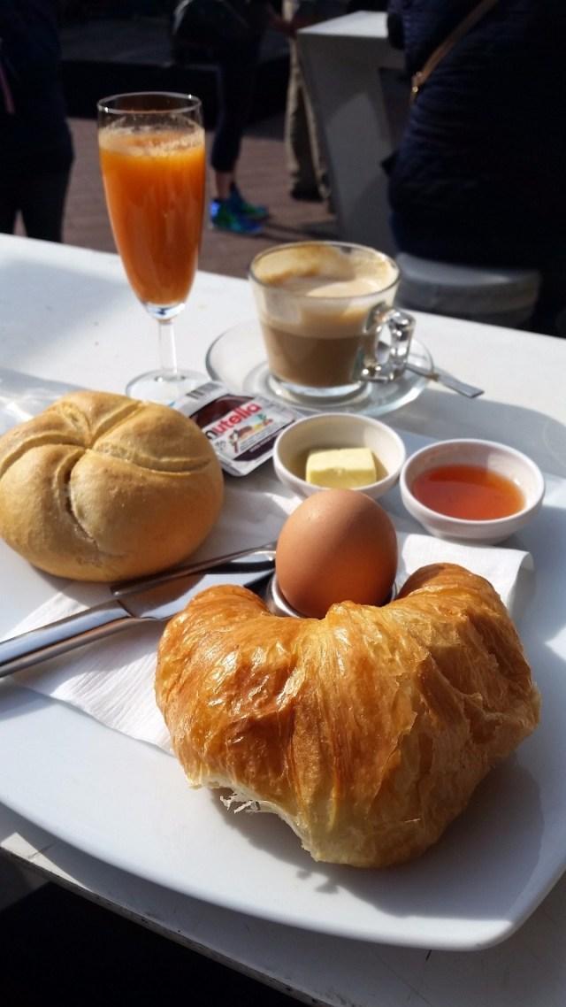 15.1443883034.viennese-breakfast-at-naschmarkt