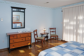 Daisy guestroom at the Baladerry Inn, Gettysburg