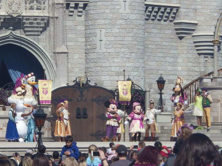 mickey and friends disney live stage shows
