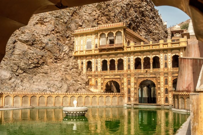 An image shows the Galtaji Temple in Jaipur, India.
