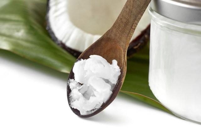 coconut-oil-for-healthy-hair