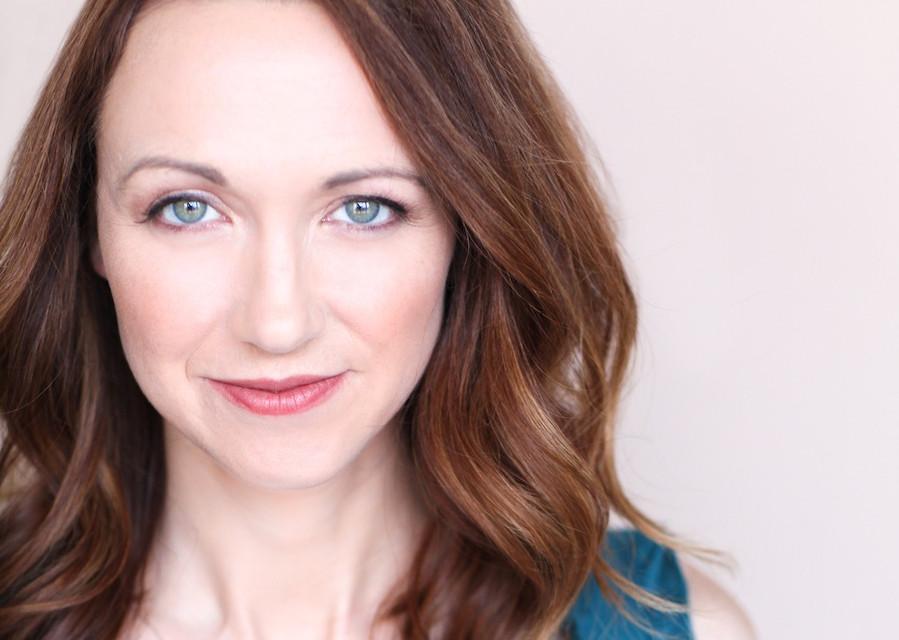 Robyn-Lynne-Norris