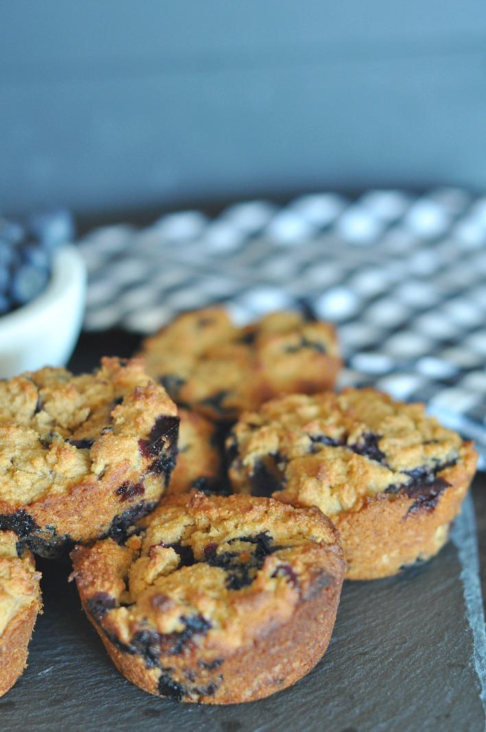 gluten-free-vegan-blueberry-muffins