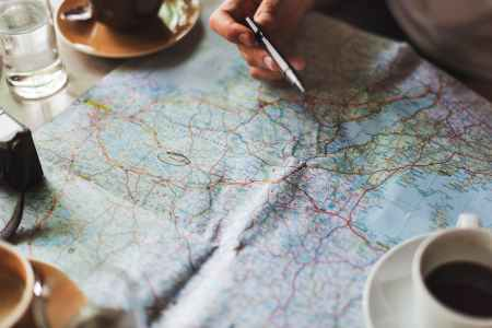 ways to stay healthy while traveling