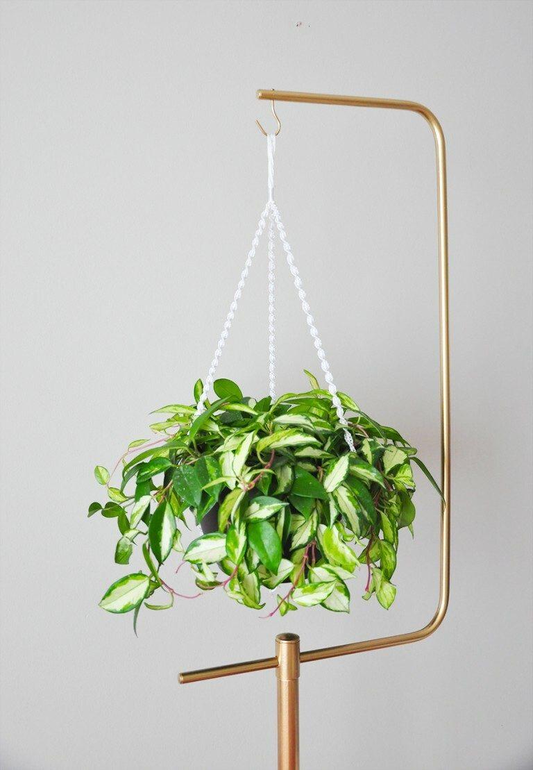 9 Cheap & Easy DIY Macrame Plant Hangers - Balancing Bucks on Hanging Plant Stand  id=82930