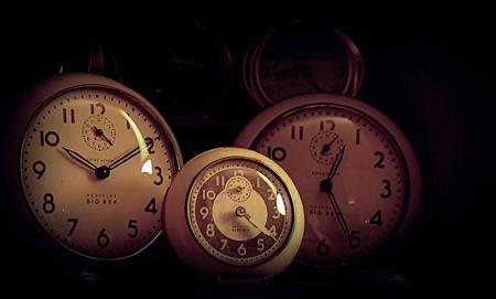 clocks_450.jpg