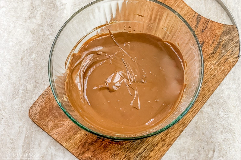 melted chocolate and peanut butter