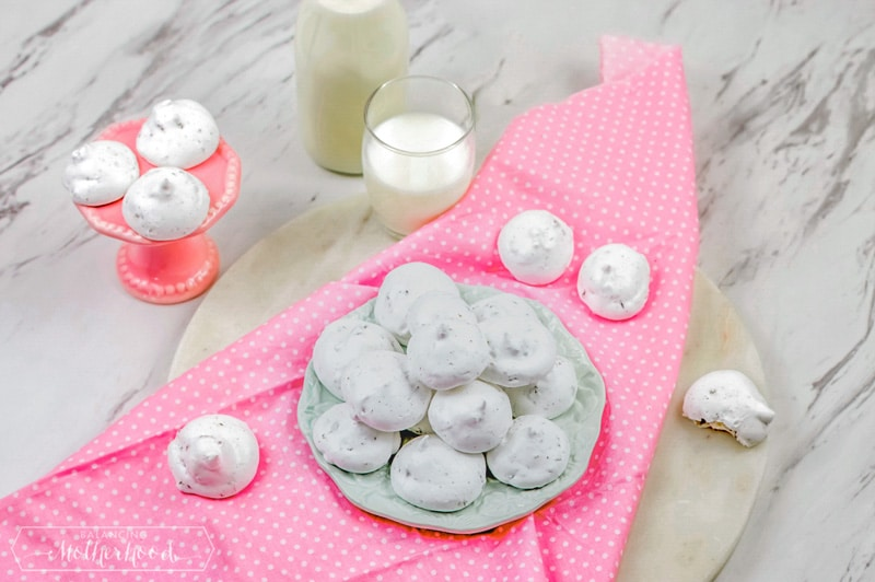 Delicious and heavenly treat for the whole family! Check out this Easter resurrection cookie recipe.