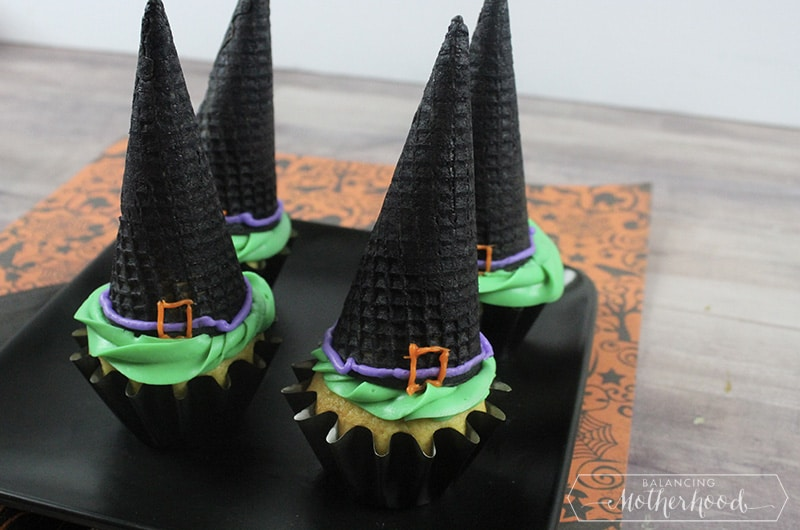 Witch Hat Cupcakes 2