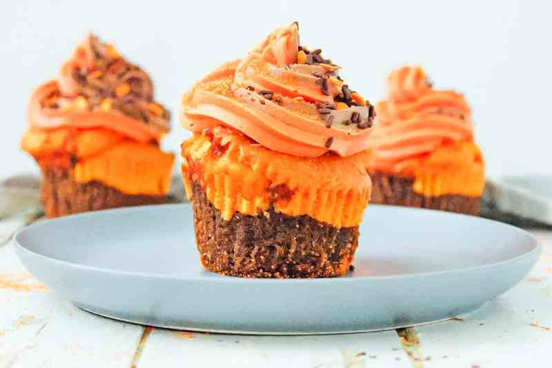 Enjoy these goey and moist brownie cupcakes!