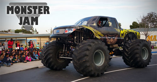 Monster Jam, Menace, Monster Trucks