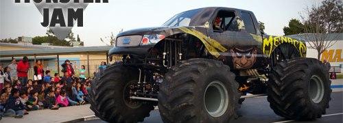 Monster Jam, Menace, Monster Trucks
