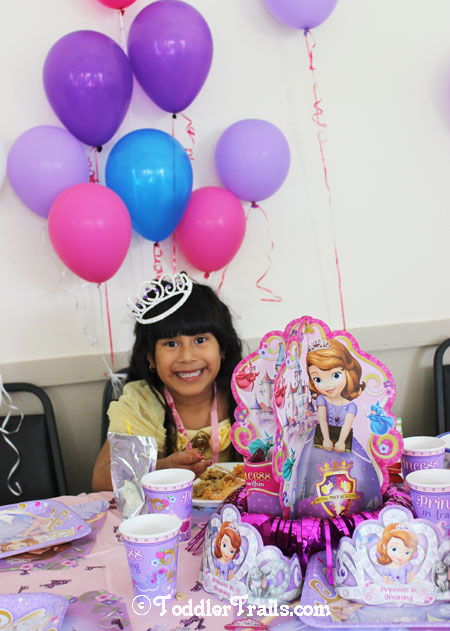 Disney Princess Birthday Party #DisneySide