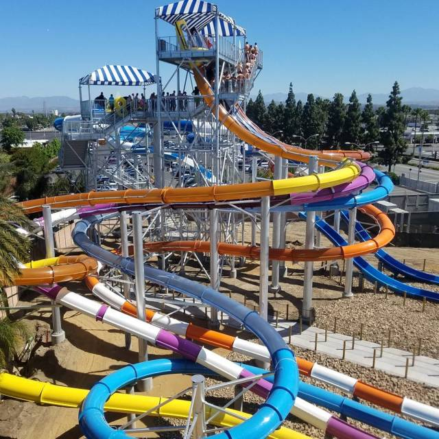 HostedWhich would you choose? ShoreBreak or AquaLaunch? sp knottsberryfarm KnottsSoakCityhellip