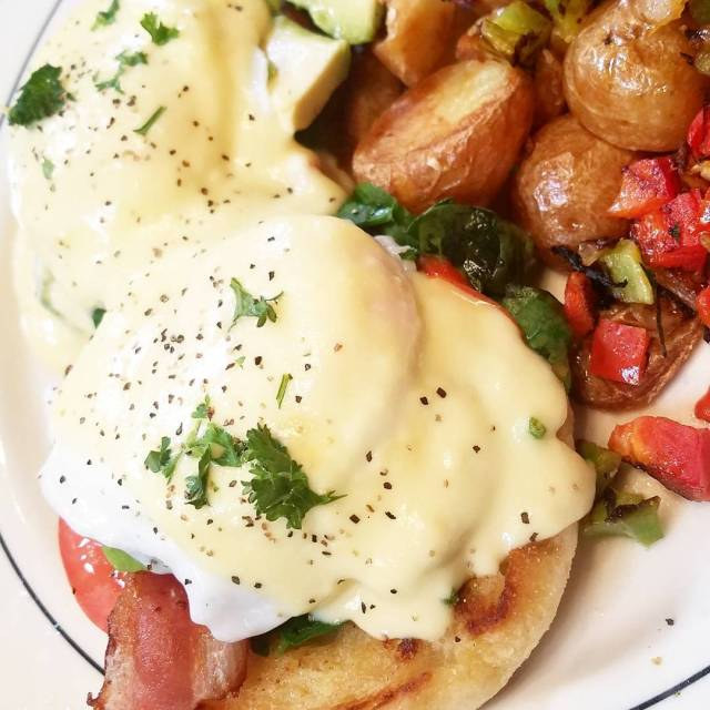 Breakfast with the bestie this morning Florentine Benedict at mimiscafehellip