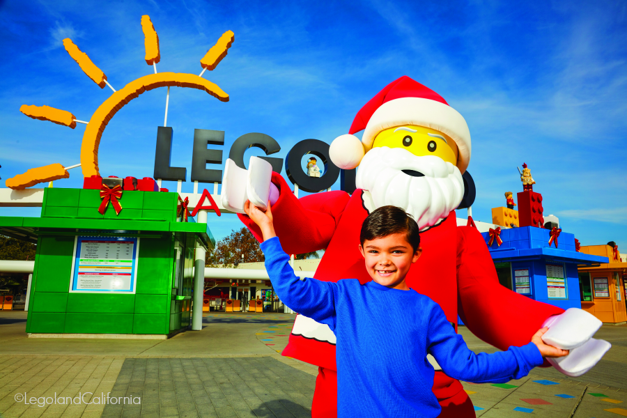 Legoland California Resort Park-Holiday-Boy-And-Santa