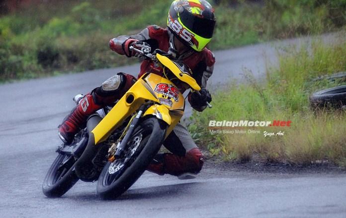 Knalpot Udang Muncul Lagi Bro, Nempel di Underbone 116 Botuna Racing!