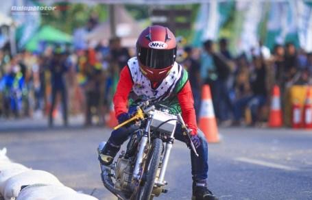galeri foto aksi jitu 201m academy drag bike lampung tengah 21-22 september 2019 (114)