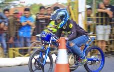 galeri foto aksi jitu 201m academy drag bike lampung tengah 21-22 september 2019 (14)
