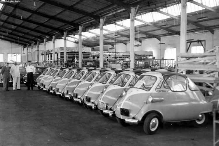 Unidades do Romi-Isetta na fábrica