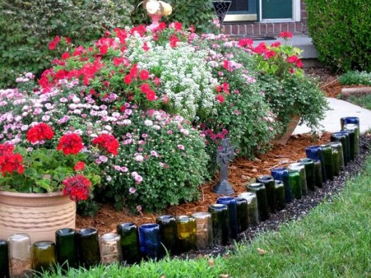 DIY Wine Bottle Ideas for the Garden   26 Wine Bottle Uses   Balcony     diy wine bottle ideas wine bottle edging