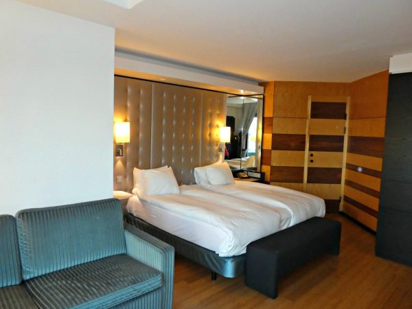 Hilton Stockholm Slussen Executive King bed