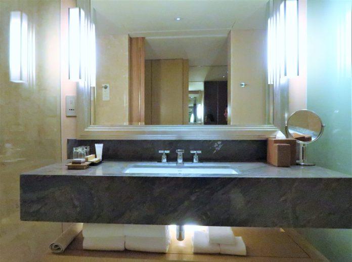Marina Sand Bay Hotel Bathroom Sink