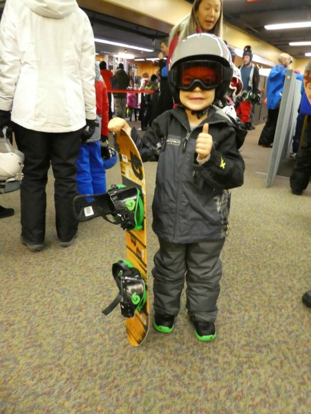 Learn how to snowboard Mammoth Mountain, Kids ski free at Mammoth Mountain