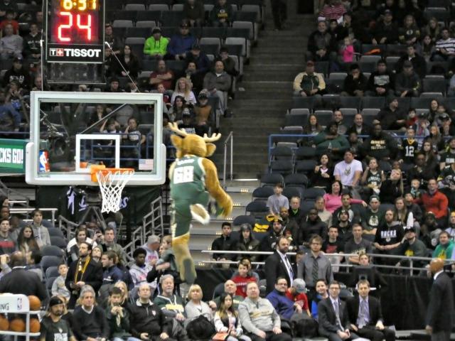 best things to do in Milwaukee Milwaukee Bucks Bango mascot