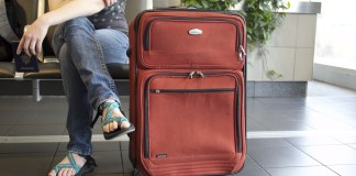 suitcase-travel-778338_1920