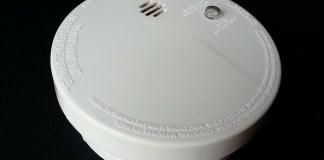 smoke detector-315874_1280