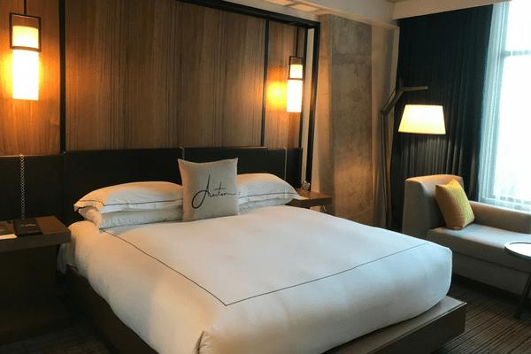 Kimpton Aertson bed