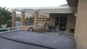 Worldmark Indio BBQ and sitting area