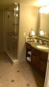 Hilton Grand Vacations Suites on the Las Vegas Strip bathroom