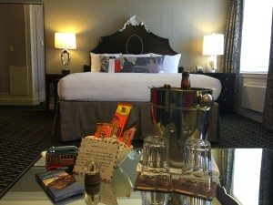 Sir Francis Drake bedroom and welcome amenity 2016-04