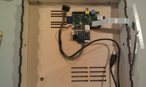Raspberry Pi and HDMI adapter