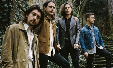 Os Arctic Monkeys lanzan o primeiro single de 'Tranquility Base Hotel & Casino'
