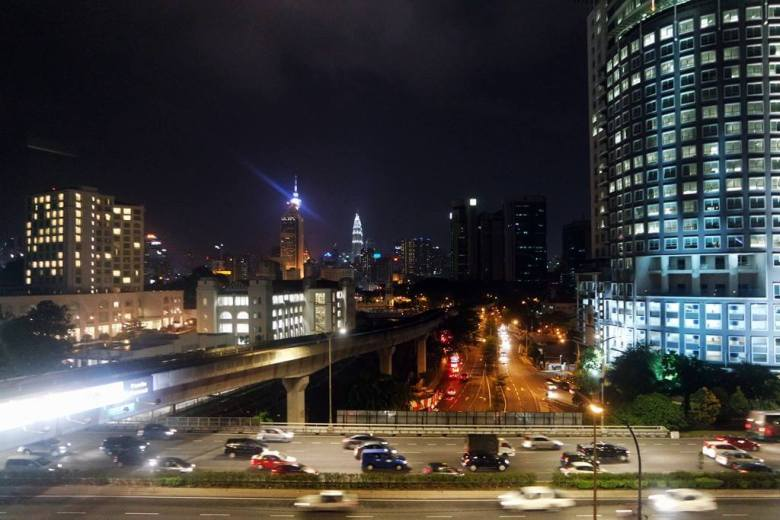 Semalam di Malaysia