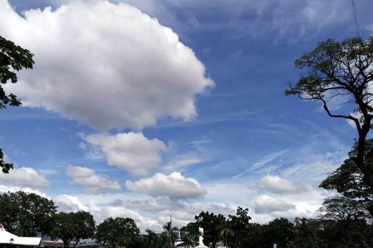 Blue sky of Cebu