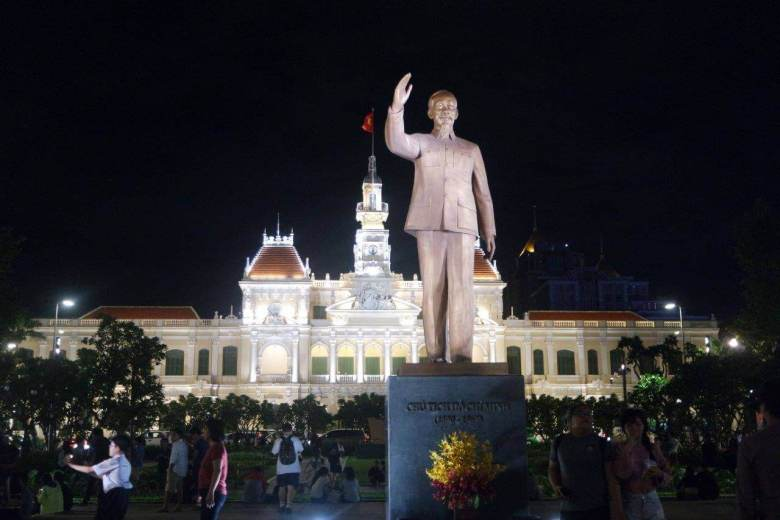 Patung Bapak Bangsa, Ho Chi Minh