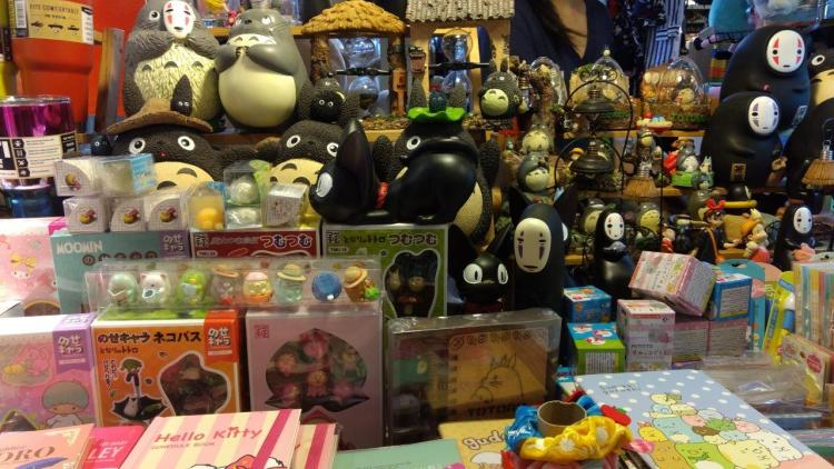 Kios Totoro di Esplanade Mall Bangkok