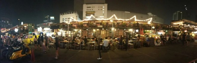 Rot Fai Night Market Bangkok