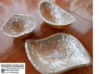 dscn8240-shell-bowls-plates-trays-bali-indonesia
