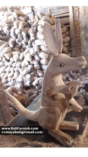 kangaroo-wood-carvings