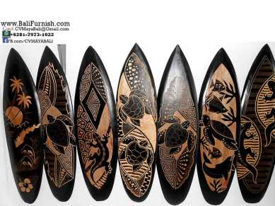wooden-surfboards-carvings-bali